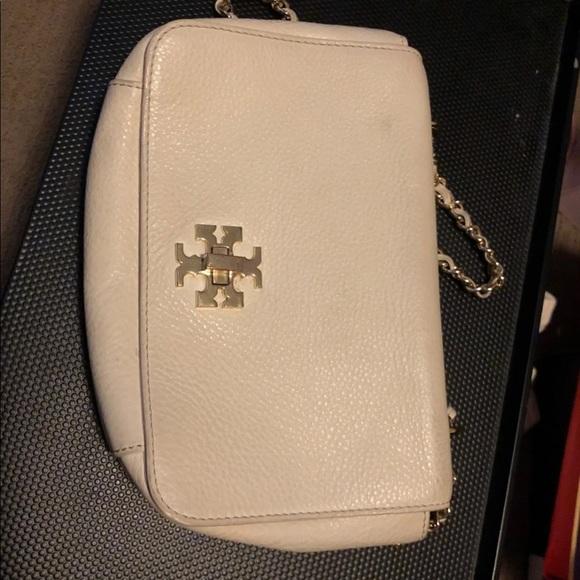 Tory Burch Handbags - Tory Burch Ivory bag